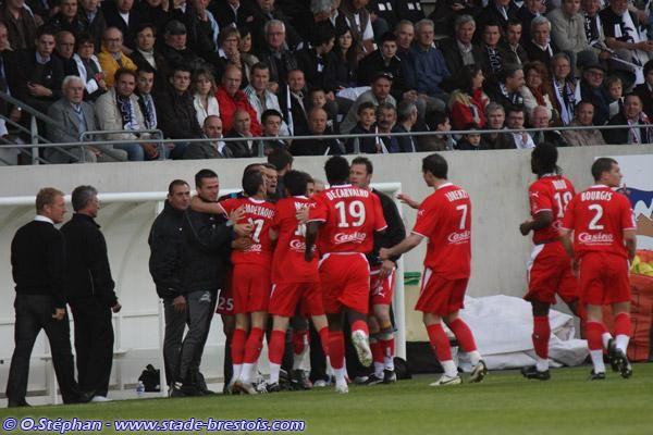 Importante victoire brestoise à Vannes pour le premier match d'Alex Dupont